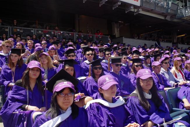 紐約大學畢業的中國留學生。(本報檔案照)