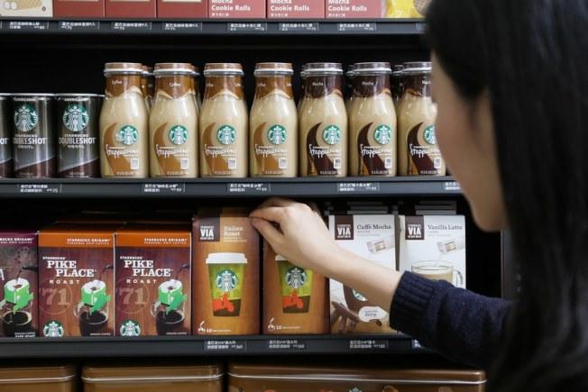 星巴克的瓶罐裝咖啡。統一集團/提供