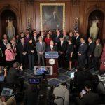 參院版稅改 富豪減稅 年收入7.5萬以下增稅