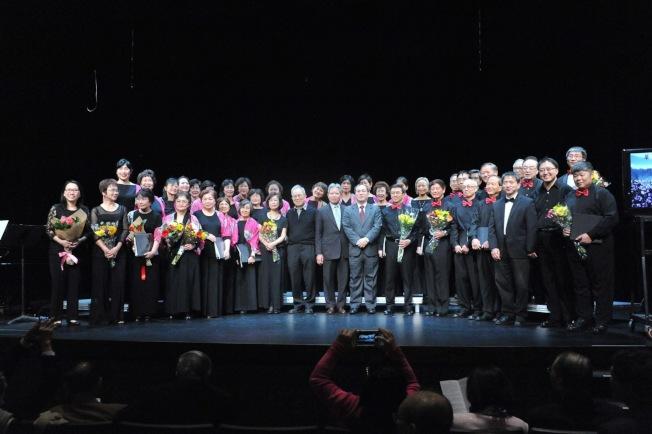 大華府台大校友合唱團(NTUSCDC)在孜孜耕耘八年後,日前成功舉辦第三次專場演唱會,全場座無虛席。(NTUACDC提供)