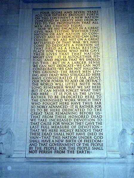 位於華盛頓特區的林肯紀念堂(Lincoln Memorial),裡面刻有蓋茲堡演說完整內容。(WikiCommons)