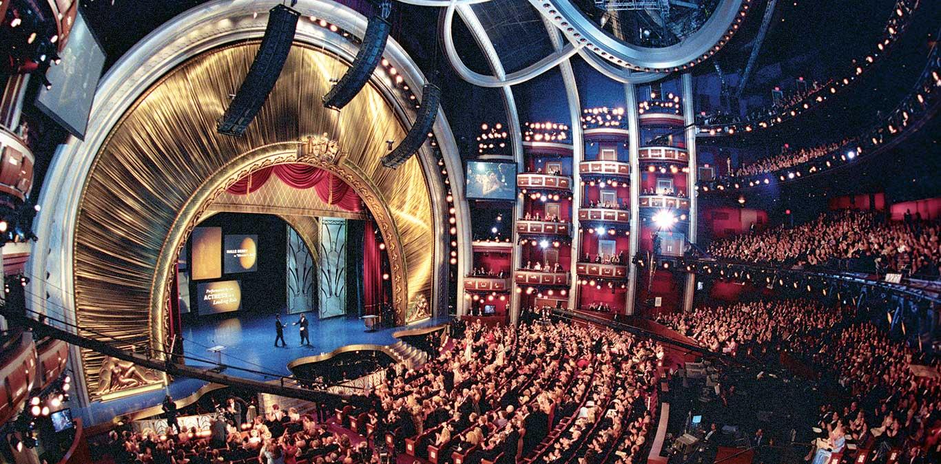 奧斯卡頒獎典禮的永久舉辦地室內可容納3400名觀眾。(網路圖片)