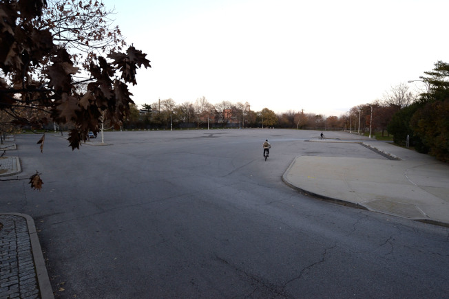 科學館旁大停車場將蓋建學前班學校。(記者朱澤人/攝影)