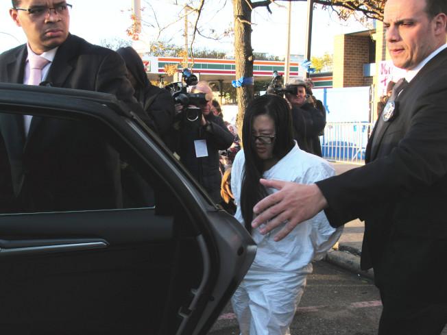 梅喬安娜1日在布碌崙高等法院刑事庭過堂,被控謀殺、縱火等四項重罪。(本報資料照)