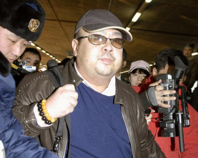 北韓領導人金正恩同父異母兄長金正男2月被塗抹VX神經毒劑身亡,但有報導指出,金正男在遇刺當天身上竟攜帶12瓶解毒劑,似乎早已預知會受到神經毒劑襲擊。(路透資料照片)