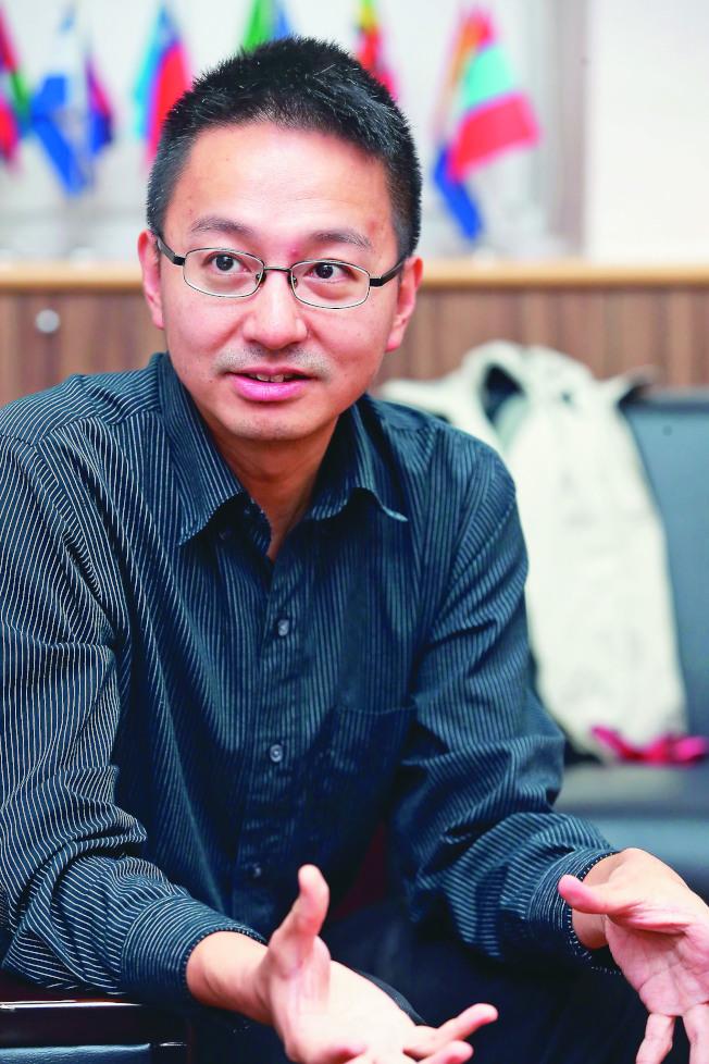 台灣衛福部疾病管制署副署長羅一鈞,38歲就罹患糖尿病。(記者徐兆玄/攝影)