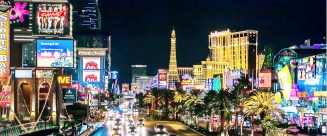 房租吃掉大半薪水,賭城拉斯維加斯是加州人遷往外州的首選。(網路圖片)
