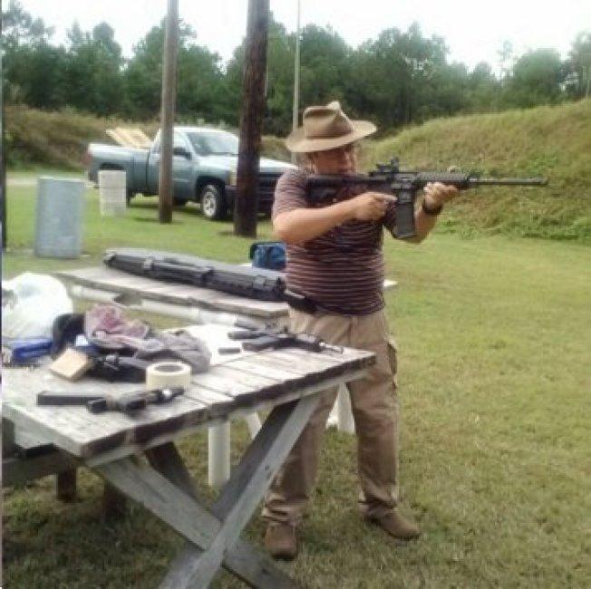 蓄謀在佛羅里達州伊斯蘭中心製造大型炸彈攻擊的69歲兇嫌波勒泰特。(取自推特)
