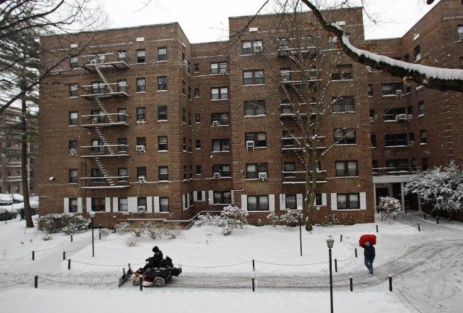 紐約政府樓常帶有治安隱患。(美聯社)