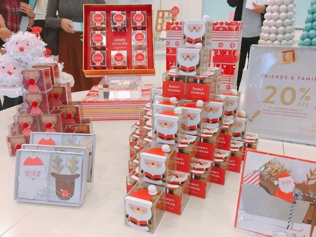 Sugarfina為即將到來的聖誕節做出一系列設計,外型搶眼可愛。(記者莊婷/攝影)