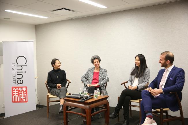 華美協進社談中國學生在美國,左起為牛牧歌、Blumenthal、屠思齊。(記者洪群超/攝影)
