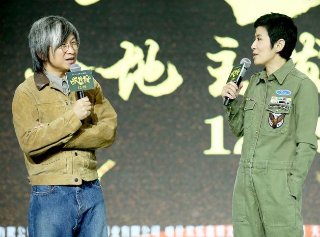 吳君如(右)的導演處女作被陳可辛吐槽「只是及格」。(取材自豆瓣電影)