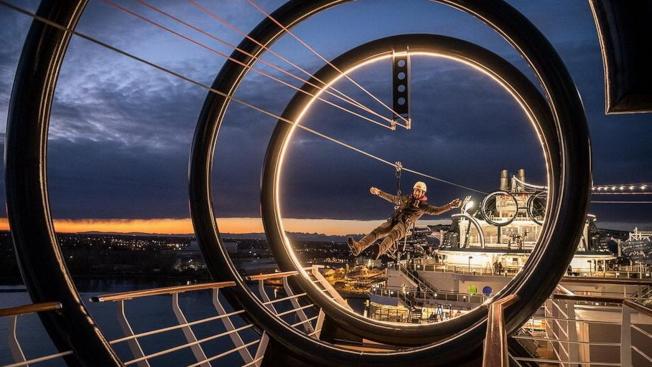 海濱級遊輪上設有全球最長的溜索(zipline)供遊客探險。(MSC Cruises提供)