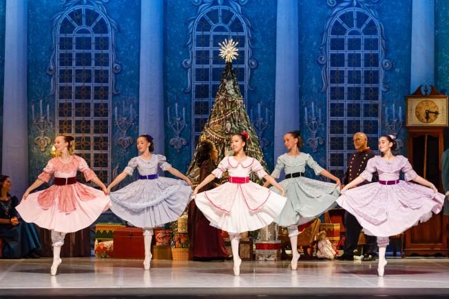 V&T古典芭蕾舞蹈學院將在聖誕節前舉辦年度演出。(V&T提供)