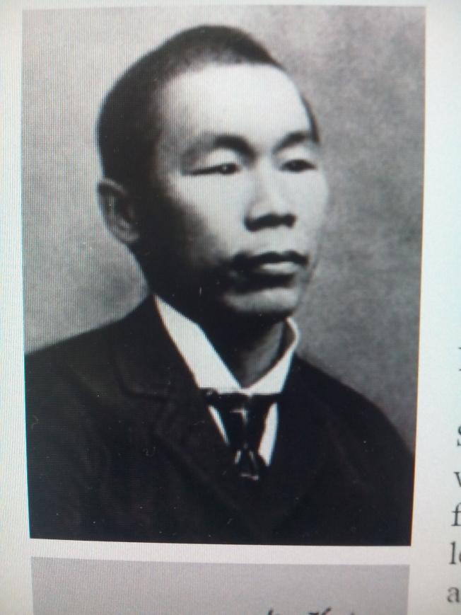 丁龍的照片被放在哥大東亞系的網頁上。(韓傑/翻拍)
