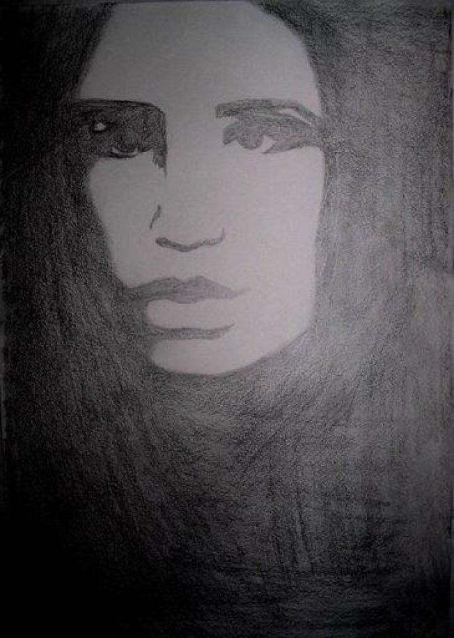 瑪麗娜自畫像,眼神裡透出深深的絕望。