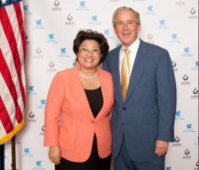路凱能源總裁楊冰清請到了美國前任總統小布希站台。(劉龍珠/提供)
