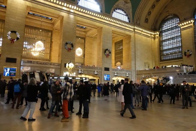 大中央車站是重要交通樞紐,人流如織。(記者金春香╱攝影)