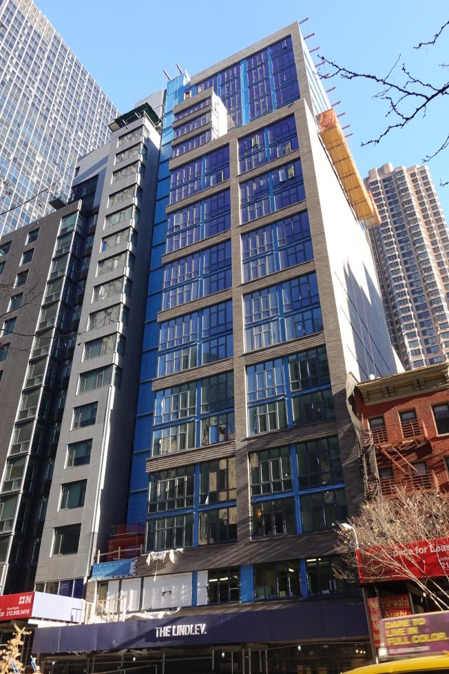 「The Lindley」公寓樓盤不但價格適中,還可受地稅優惠。(記者金春香╱攝影)