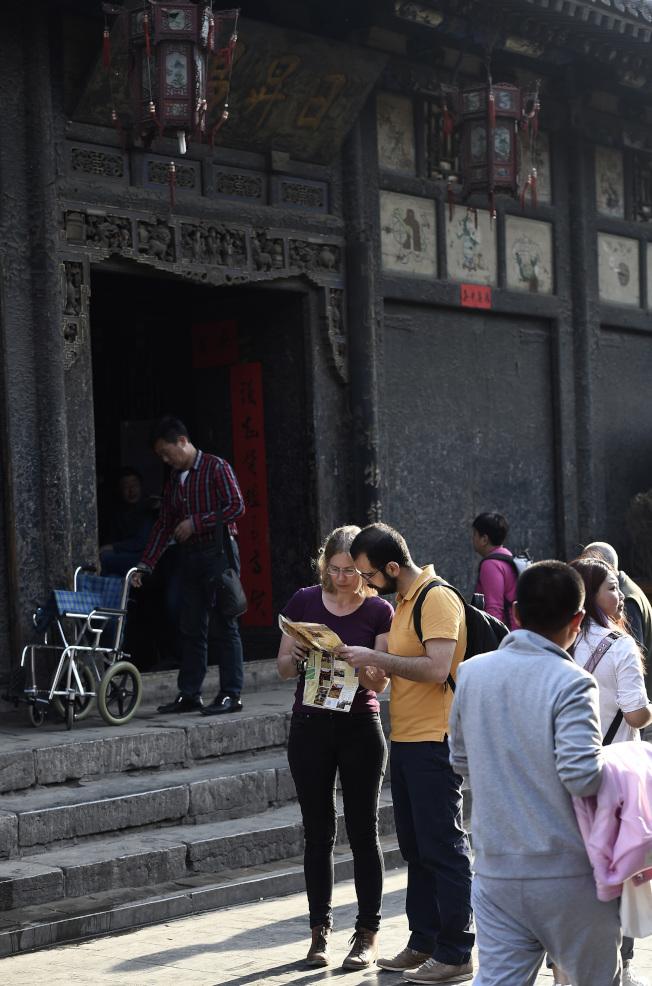 平遙古城西大街是中國近代商業文明重鎮和銀行鼻祖票號的發源地,素有「古代中國華爾街」之稱。(新華社資料照片)