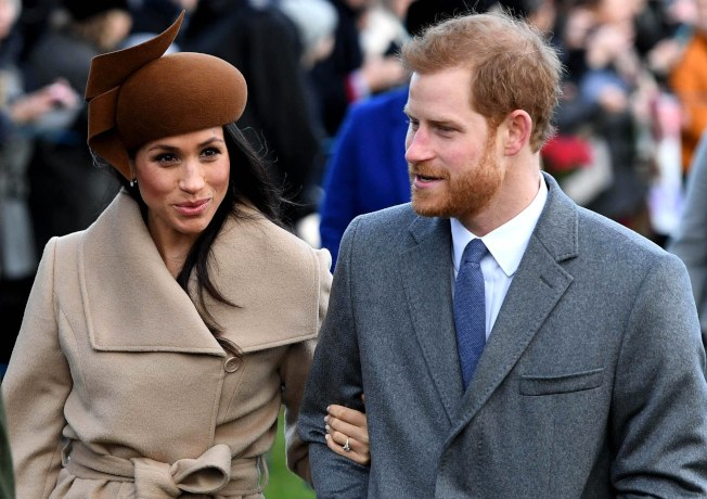 英國王子哈利(右)和未婚妻梅根馬克爾(左)將於2018年5月舉行婚禮。(歐新社)