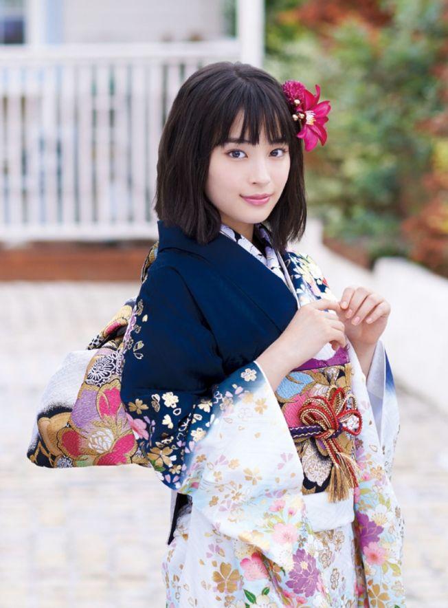 廣瀨鈴成為日本最新廣告女王。(取材自微博)