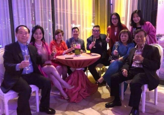 馬來西亞雲頂集團率領多位馬來西亞與新加坡富豪,一日內兩度享受跨年樂趣。 圖擷自星洲網