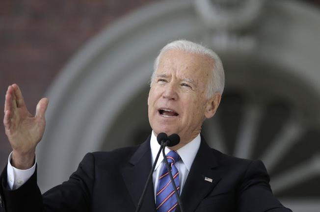 前副總統白登放話,2020年可能再出馬角逐白宮。圖為今年5月他在哈佛大學演講。(Getty Images)