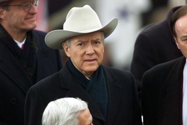 任職40年的猶他州國會參議員哈契將退休,圖為他出席小布希總統的就職典禮。(Getty Images)