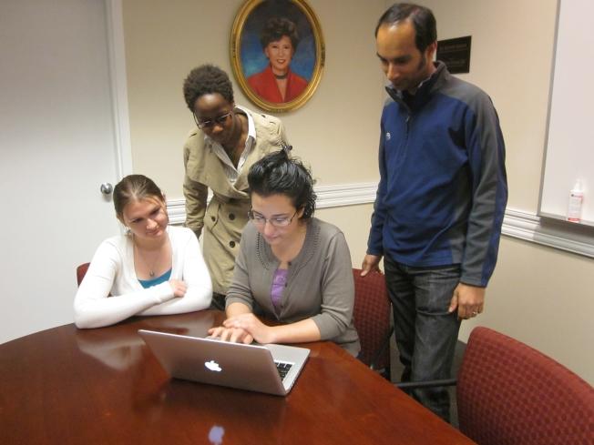 圖:史丹福大學社科所研究生在余江月桂會議廳學習。(史丹福大學提供)