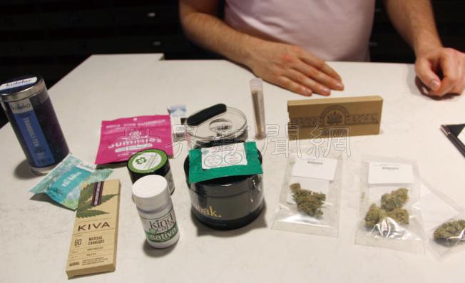 大麻產品種類繁多,有的店裡有近400種大麻商品。(記者李晗/攝影)