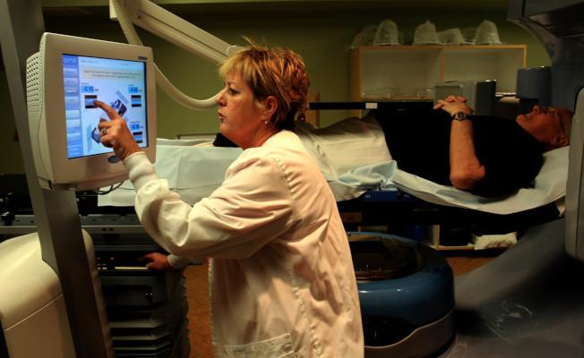 放射治療師壓力指數評分為「低於平均」。(美聯社資料照片)