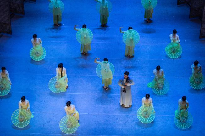 舞劇《沙灣往事》被《紐約時報》評論是愛與音樂的海洋,二月將於費城及華盛頓公演。