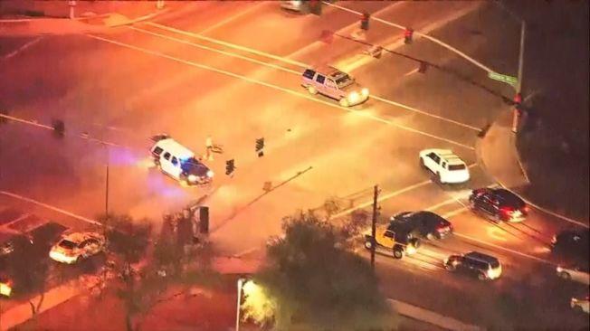 美亡命鴛鴦架車躲避警方追捕。美聯社
