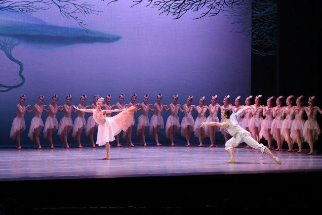 中國對外文化集團打造的「中華風韻」系列演出「朱䴉」在波士頓精采上演。(記者劉晨懿之/攝影)