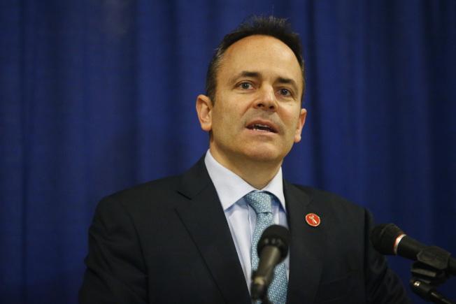 肯塔基州長貝文12日宣布該州要求多數醫療補助受益者必須要有工作,才能享受福利。(美聯社)