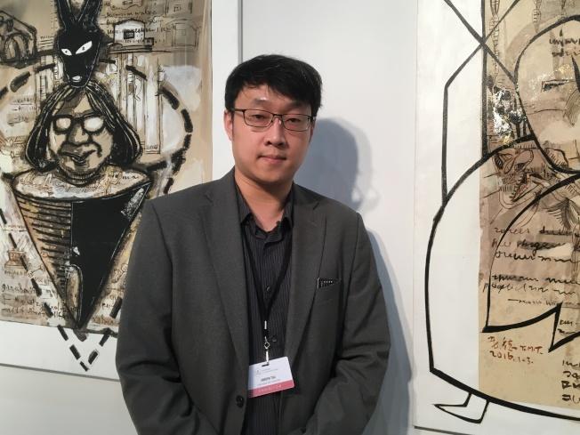 凡亞藝術空間總監蔡承佑希望進入國際,讓洛杉磯民眾了解台灣現在的藝術潮流及台灣藝術家特色,推廣台灣藝術。(記者謝雨珊/攝影)