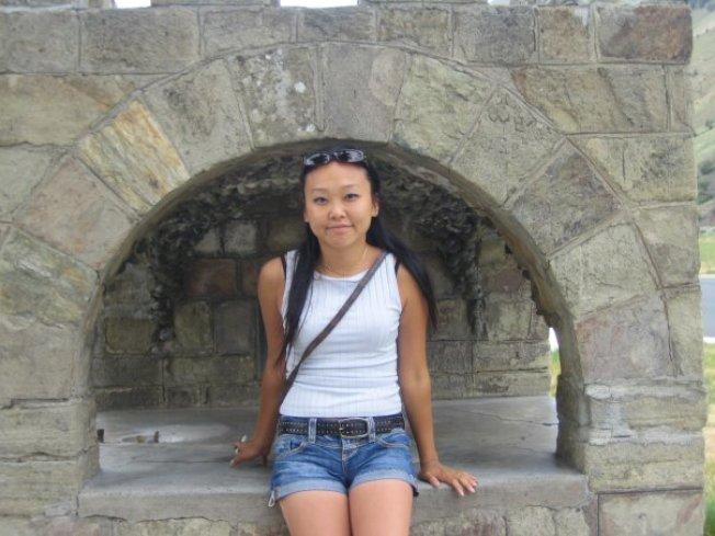 33歲韓裔女子13日在法拉盛一家夜總會吸毒過量身亡,圖為她生前照片。(取自臉書)