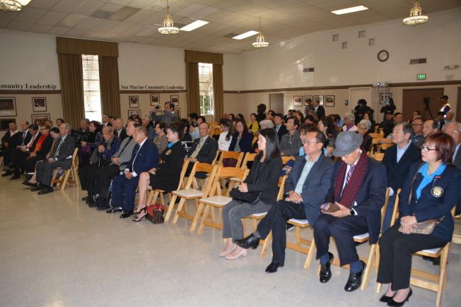 僑胞、僑團代表超過200人到場參與活動。(記者高梓原/攝影)