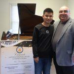 劉浩新州演出 激勵美國琴童