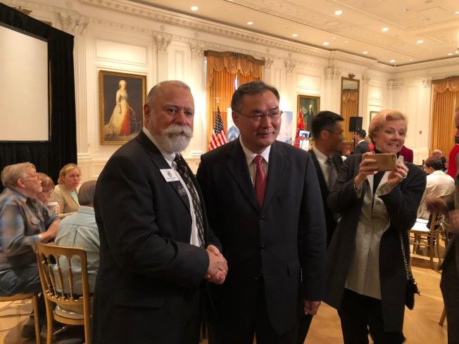 約巴林達市市長Gene Hernandez和中國駐洛杉磯總領館總領事張平與會。(記者張宏/攝影)