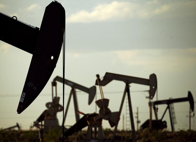 北達科他州的油井,出產豐富。(美聯社)