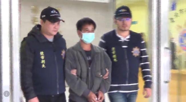 林姓男子涉嫌改造槍枝遭警逮補送辦。(記者蕭雅娟/翻攝)