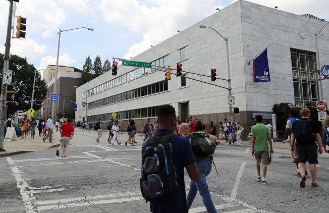 喬治亞州立大學位於熙來攘往的亞特蘭大市中心區,附近犯罪比例非常高。(記者張蕙燕/攝影)