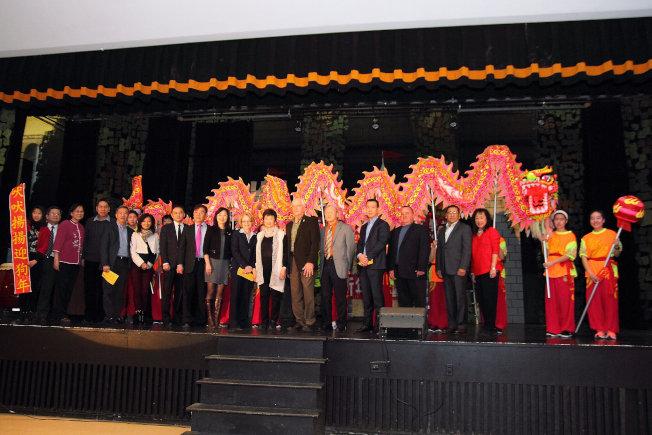 北新中文學校於4日舉辦新年遊藝會,節目繽紛多彩。(北新中文學校提供)