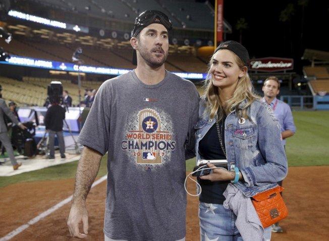 厄普頓成名後準備再次接下Guess工作,但馬西安諾仍傳訊騷擾,甚至規定她老公(當時男友)、MLB太空人隊投手韋蘭德(Justin Verlander)不準探班。厄普頓和韋蘭德已在去年11月成婚。美聯
