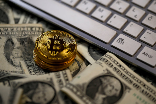 比特幣是在現行貨幣體系之外的一種虛擬貨幣。(路透)