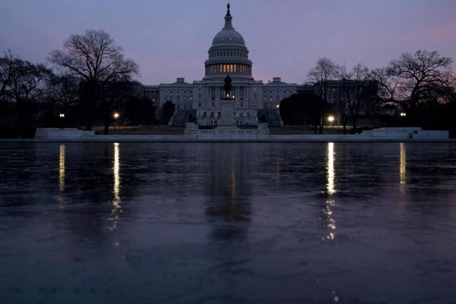 國會參院今日展開川普政府的移民制度改革辯論,川普總統的立場至關重要,但結果恐一片黑暗。(美聯社)