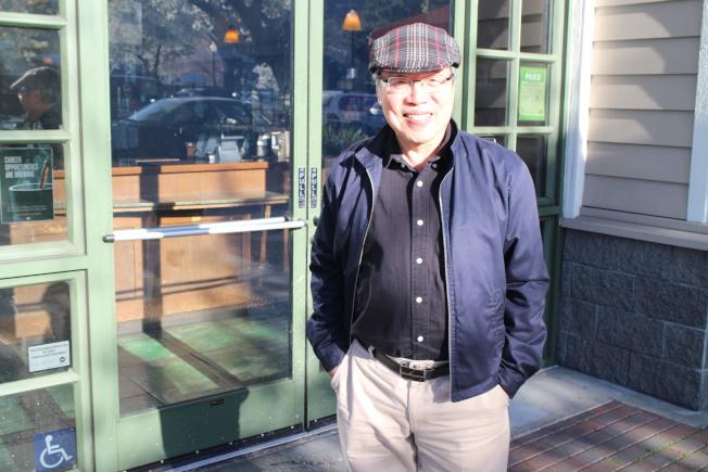 近期於灣區訪親的陳芳明,不諱言對民進黨執政的失望,但對台灣民主發展充滿了信心。(記者張毓思/攝影)