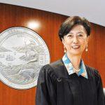 2華裔退休法官 聲援受挑戰4法官